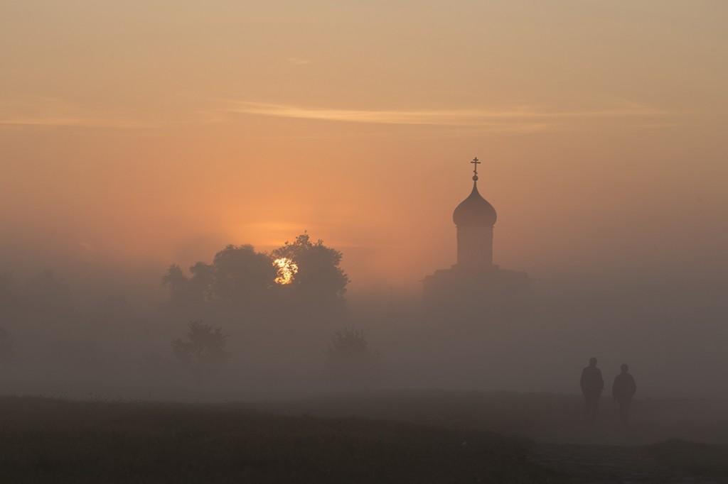 Церковь Покрова На Нерли, Владимир Иванов 03