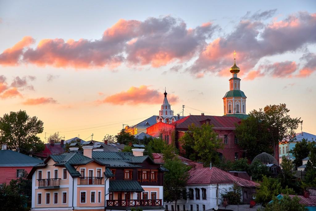 г.Владимир, август 2018г., вид на исторический центр города со стороны Патриарших садов 01