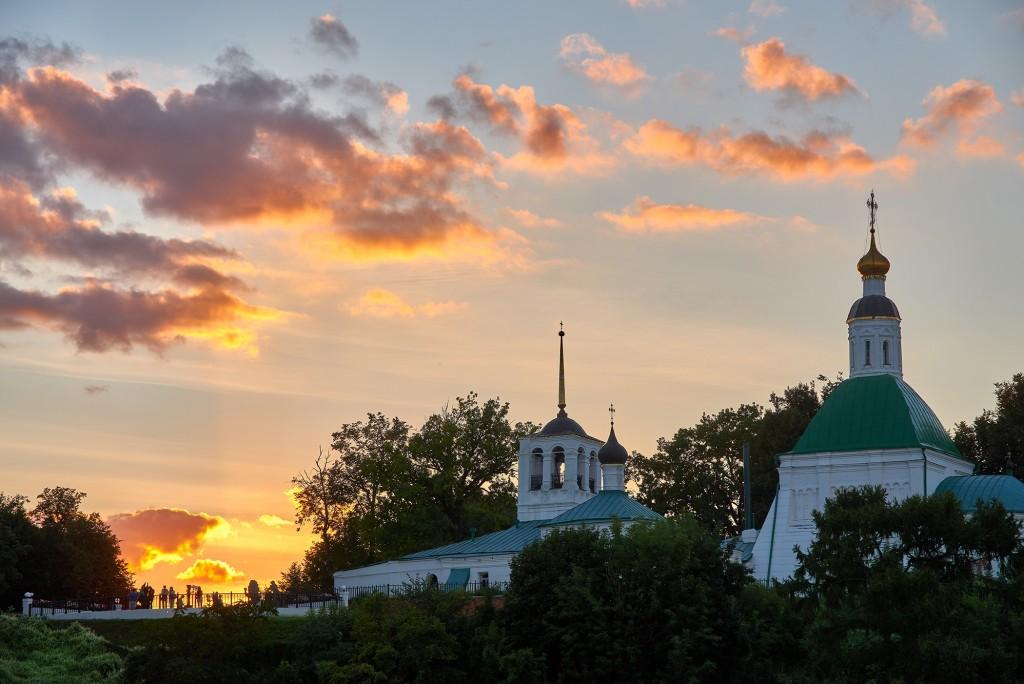 г.Владимир, август 2018г., вид на исторический центр города со стороны Патриарших садов 04