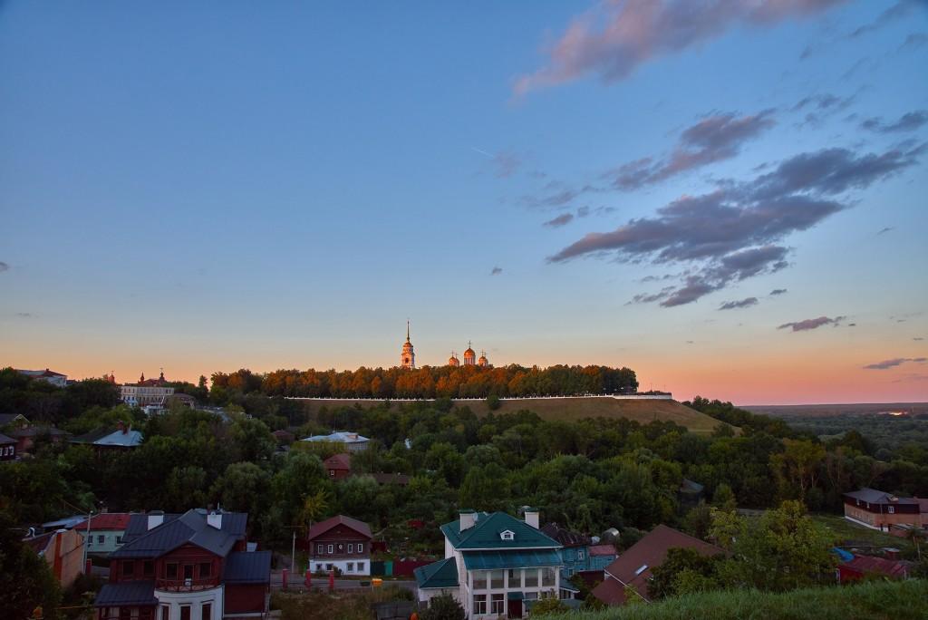 г.Владимир, август 2018г., вид на исторический центр города со стороны Патриарших садов 05