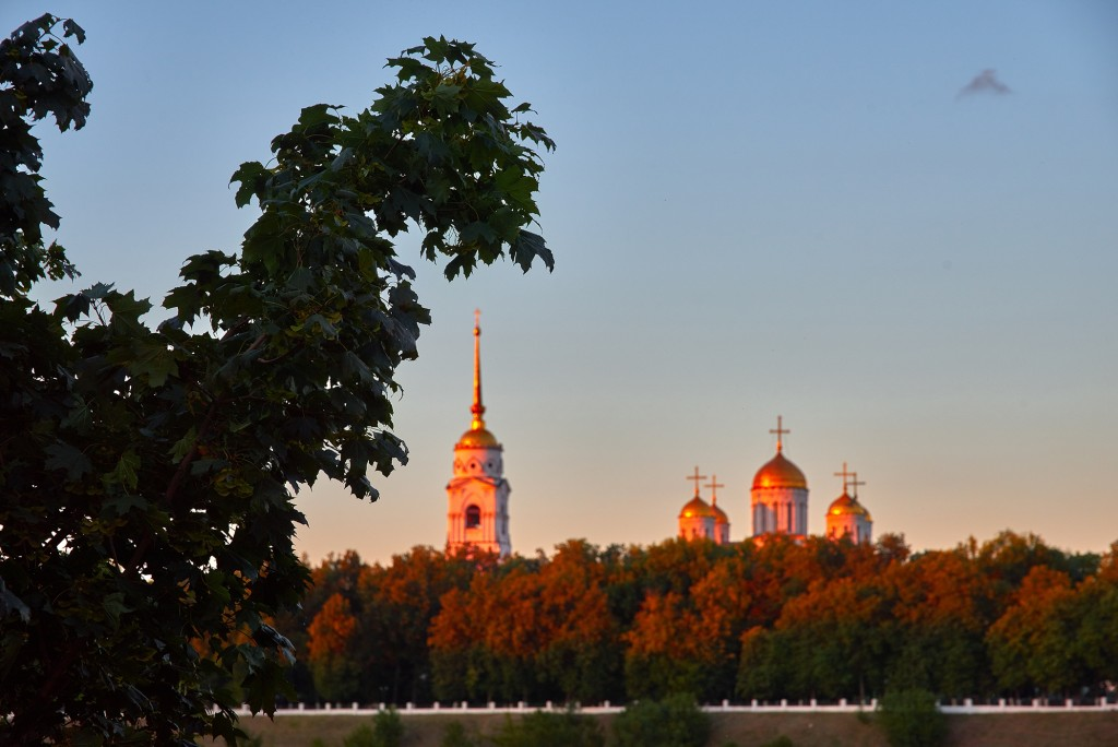 г.Владимир, август 2018г., вид на исторический центр города со стороны Патриарших садов 06