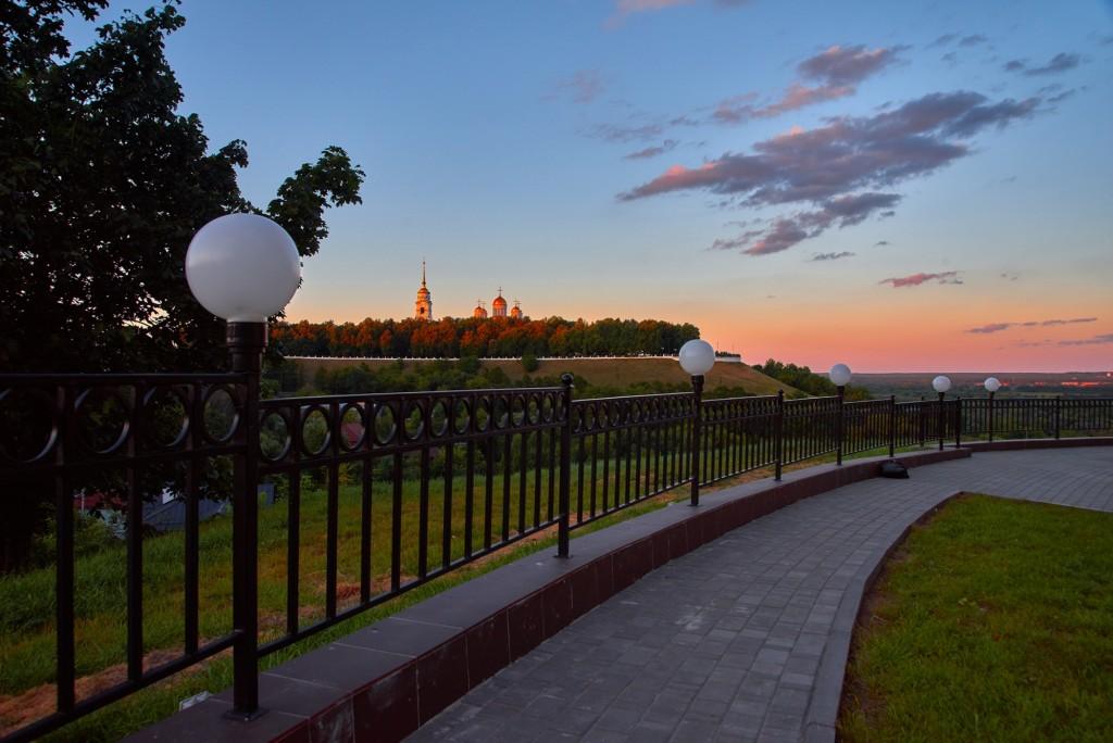 г.Владимир, август 2018г., вид на исторический центр города со стороны Патриарших садов 07