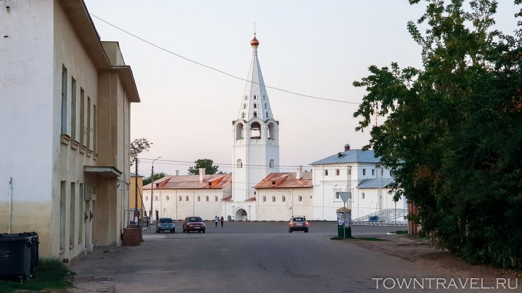 158-Сретенский-монастырь-с-ул.-Советской-Гороховец