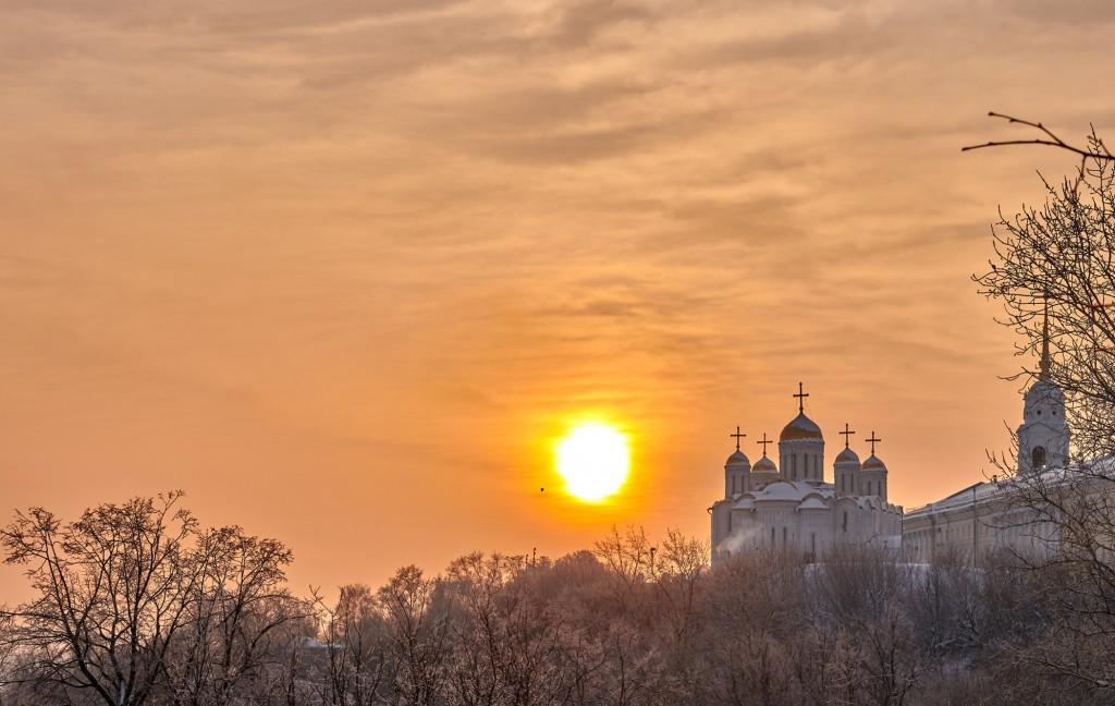 Еще один яркий, январский закат (Владимир, 2019) 01
