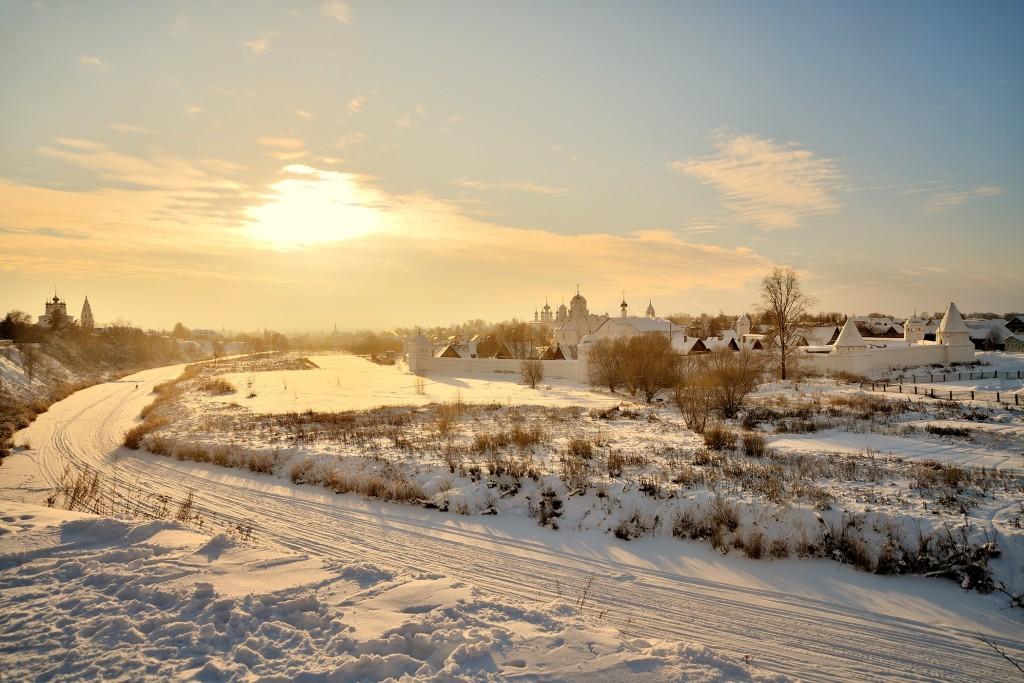 Морозный Суздаль, 28 декабря 2018). Цвет Новогодний! 01