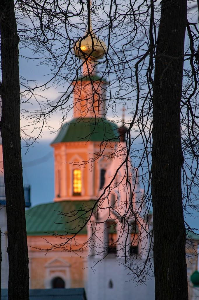 Апрельский закат во Владимире 02