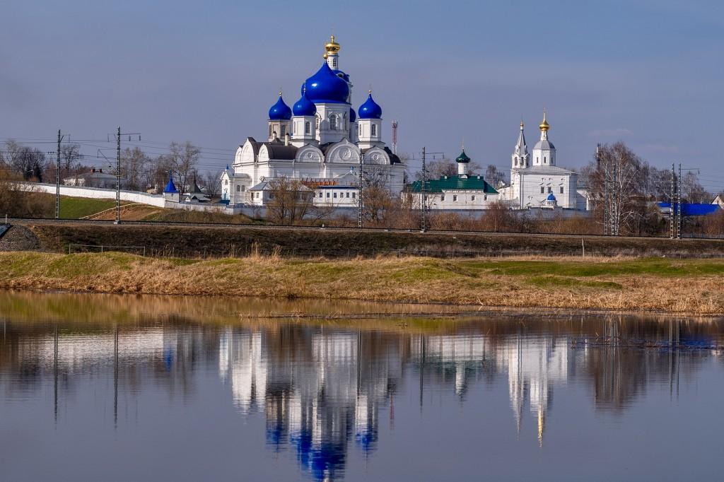 Разлив со стороны Боголюбовского женского монастыря 02