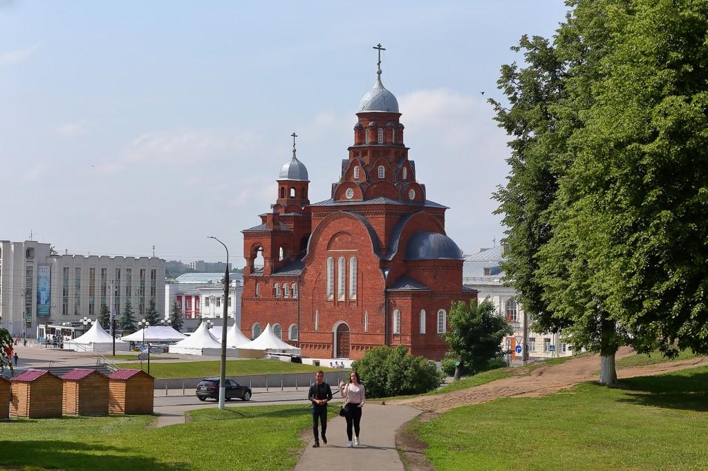 Жаркие летние дни во Владимире 2019 05