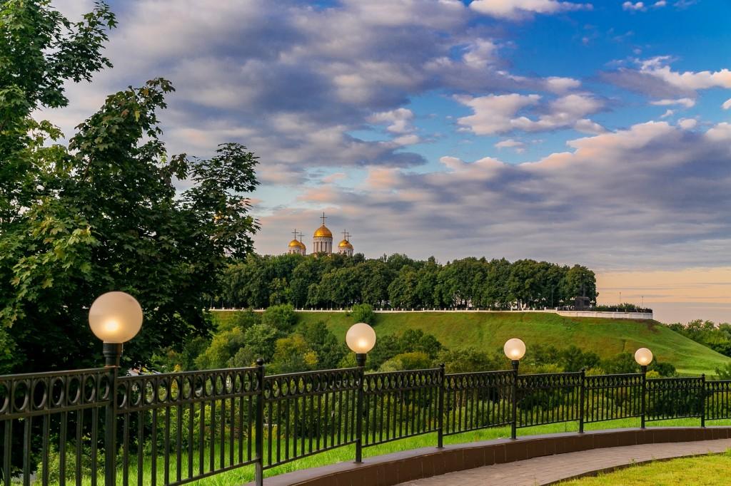 Город Владимир со стороны Патриарших садов 06