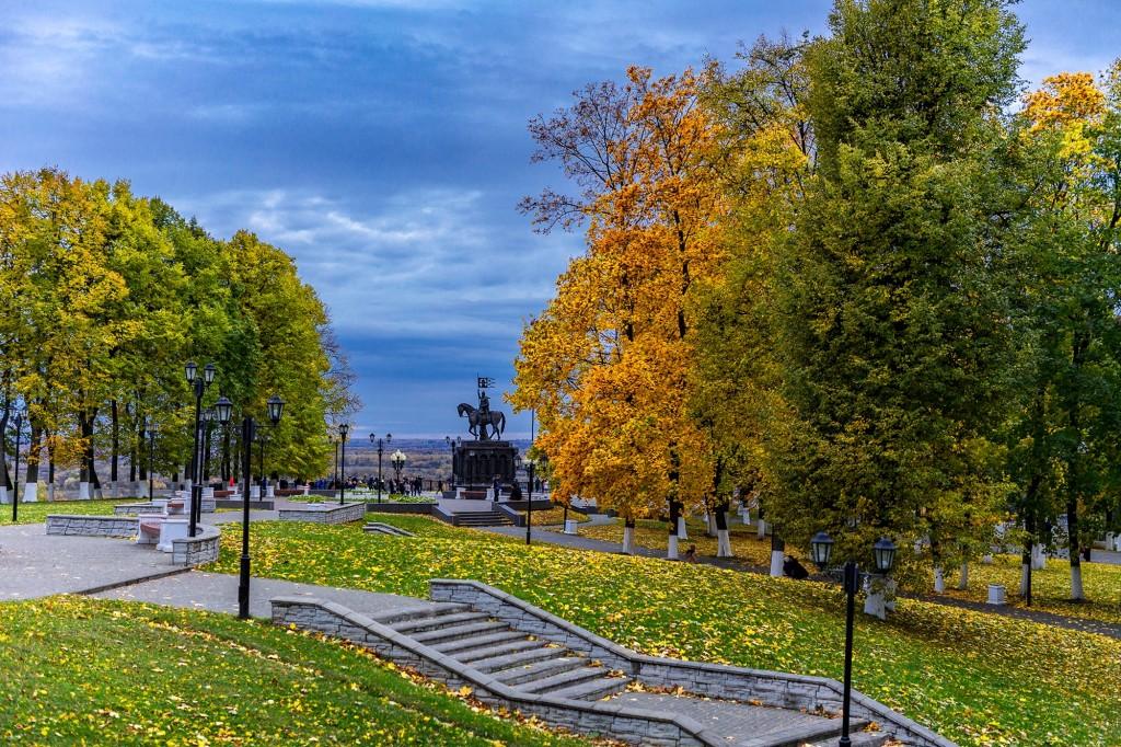 Яркий сентябрь во Владимире 2019 02
