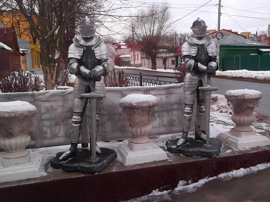 Дом с рыцарями во Владимире02