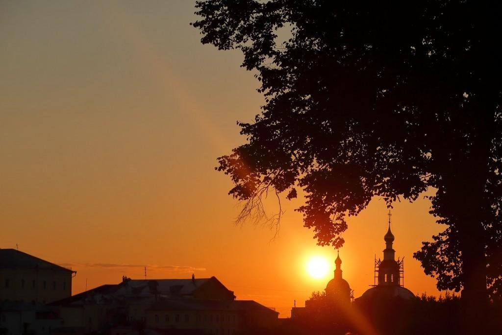 Тихим июльским вечером во Владимире 2020 05