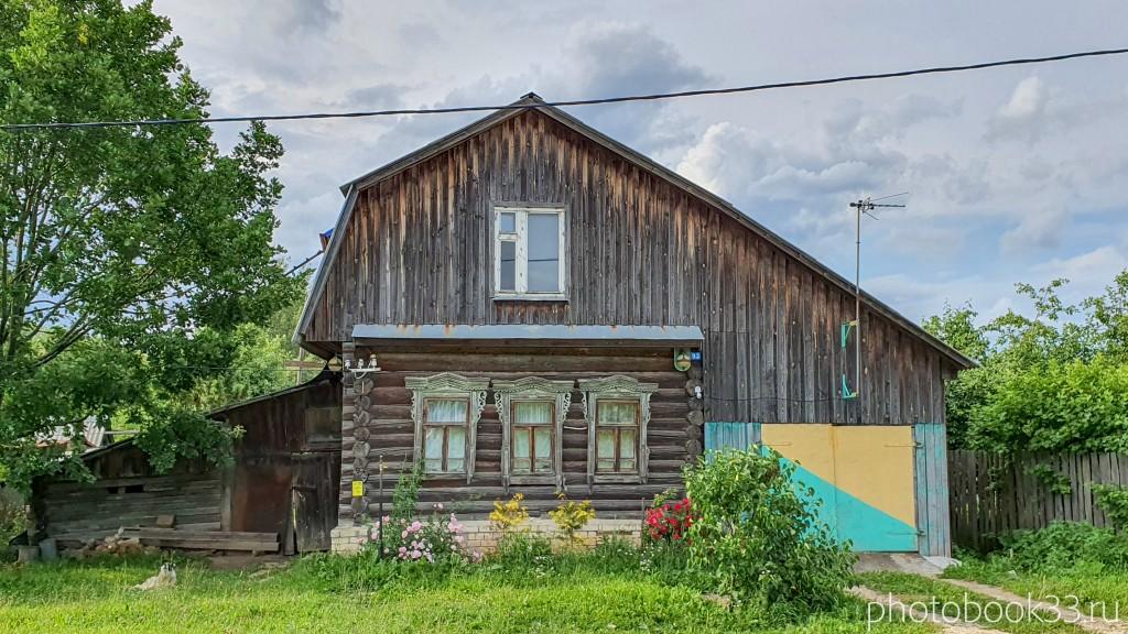 22 Деревянный домик в деревне Рождествено