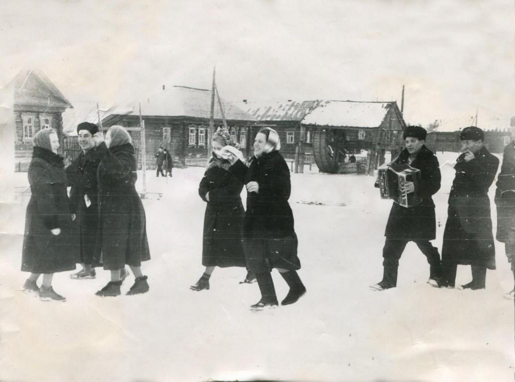 Праздник в деревне Кондаково, старая фотография