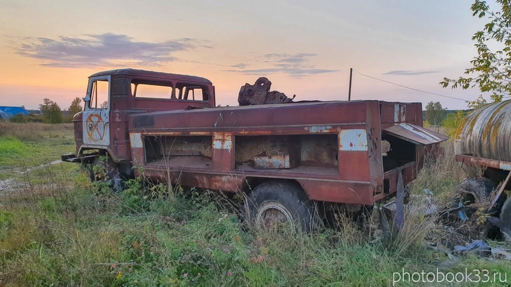 147 Старая сельскохозяйственная техника в с. Денятино, Меленковский район